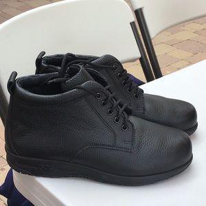 SAS Alpine boot